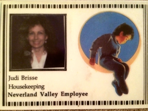 MOM NEVERLAND EMPLOYEE BADGE