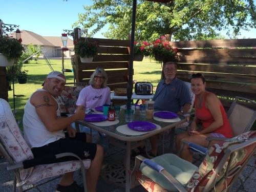 Breakfast in Mudis & Shirl's backyard with Jamie & Sheri on a beautiful Sunday morning  :)